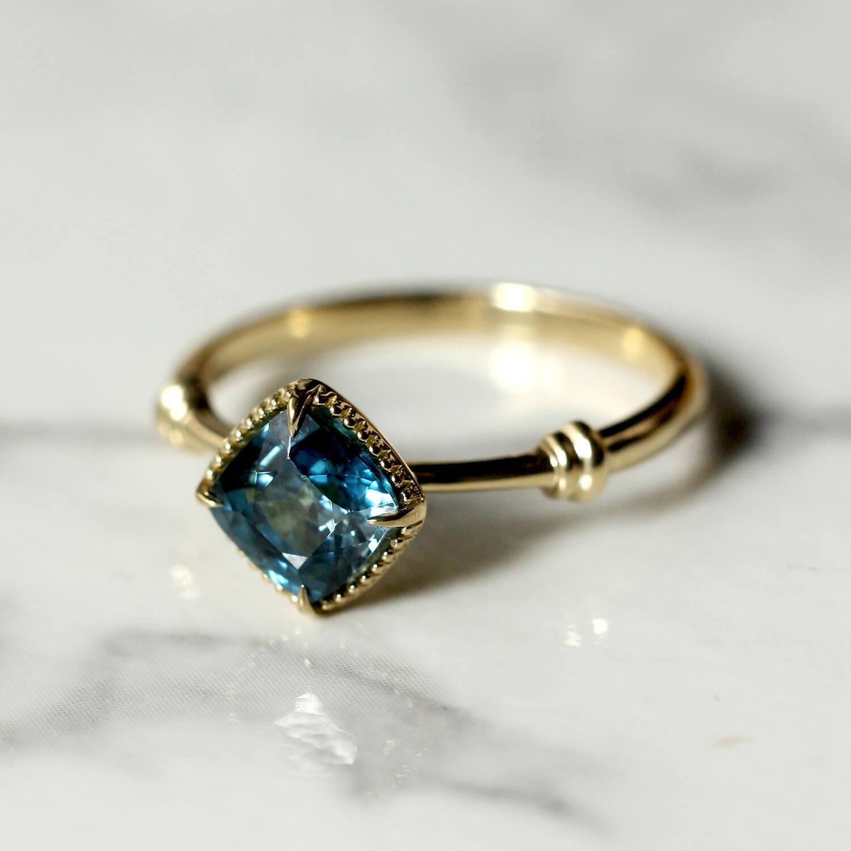 Blue gircon ring / K18