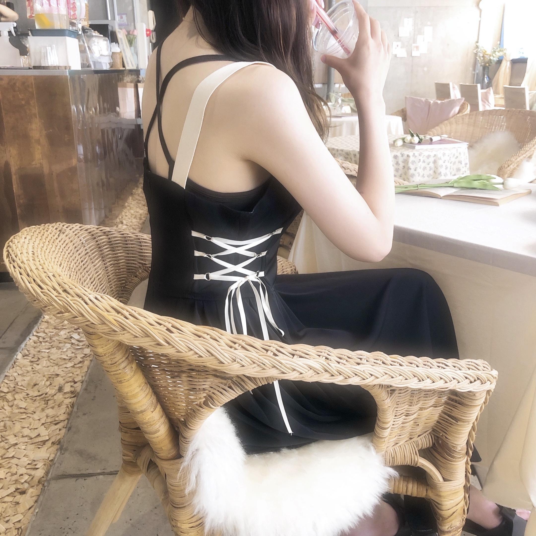 サイドリボンストラップドレス