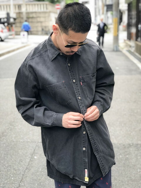 Levi's black denim shirt