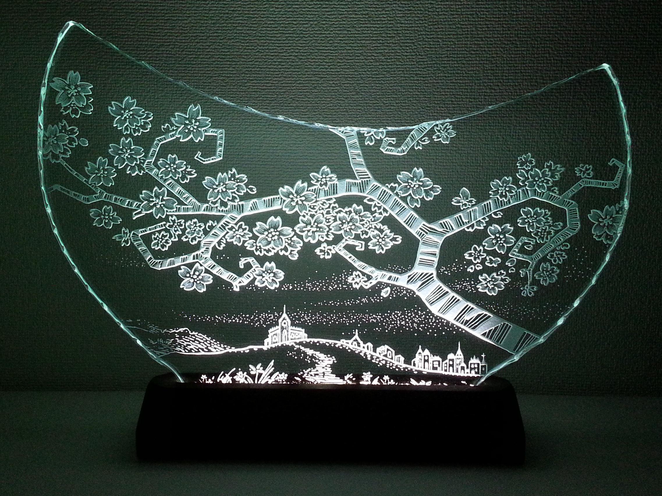 桜咲く丘の町並み ガラスエッチングパネル Lサイズ・LEDスタンドセット (サクラ・さくら)