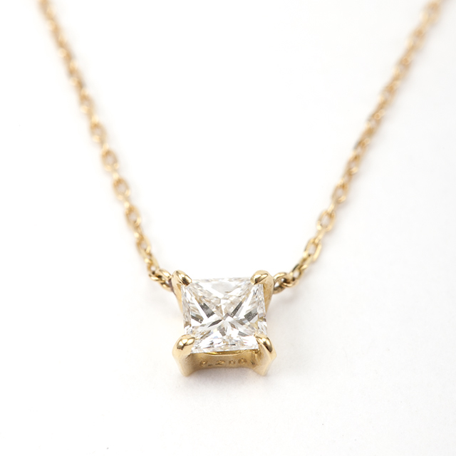 プリンセスカット ダイヤモンド ペンダント 0.200ct K18 イエローゴールド  チェカ 鑑別書付