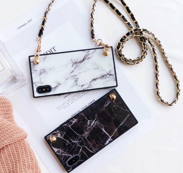 【お取り寄せ商品、送料無料】便利 チェーン付 お洒落大理石風 iPhoneケース