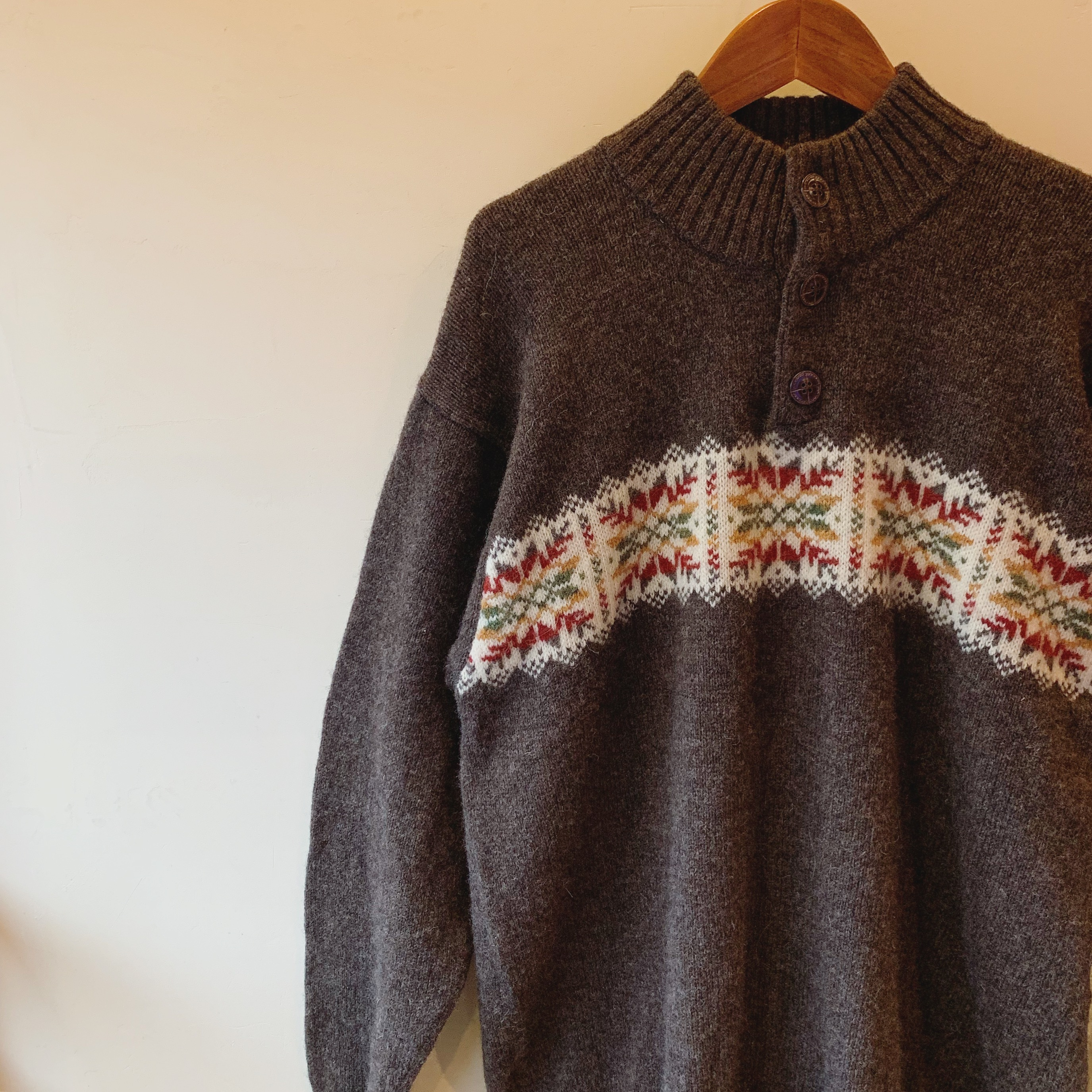 vintage button neck knit sweater