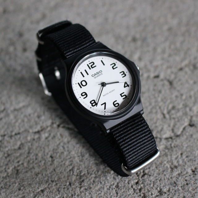 Free shipping NOW!! / CASIO BASIC WATCH 01 / NATO-type Strap