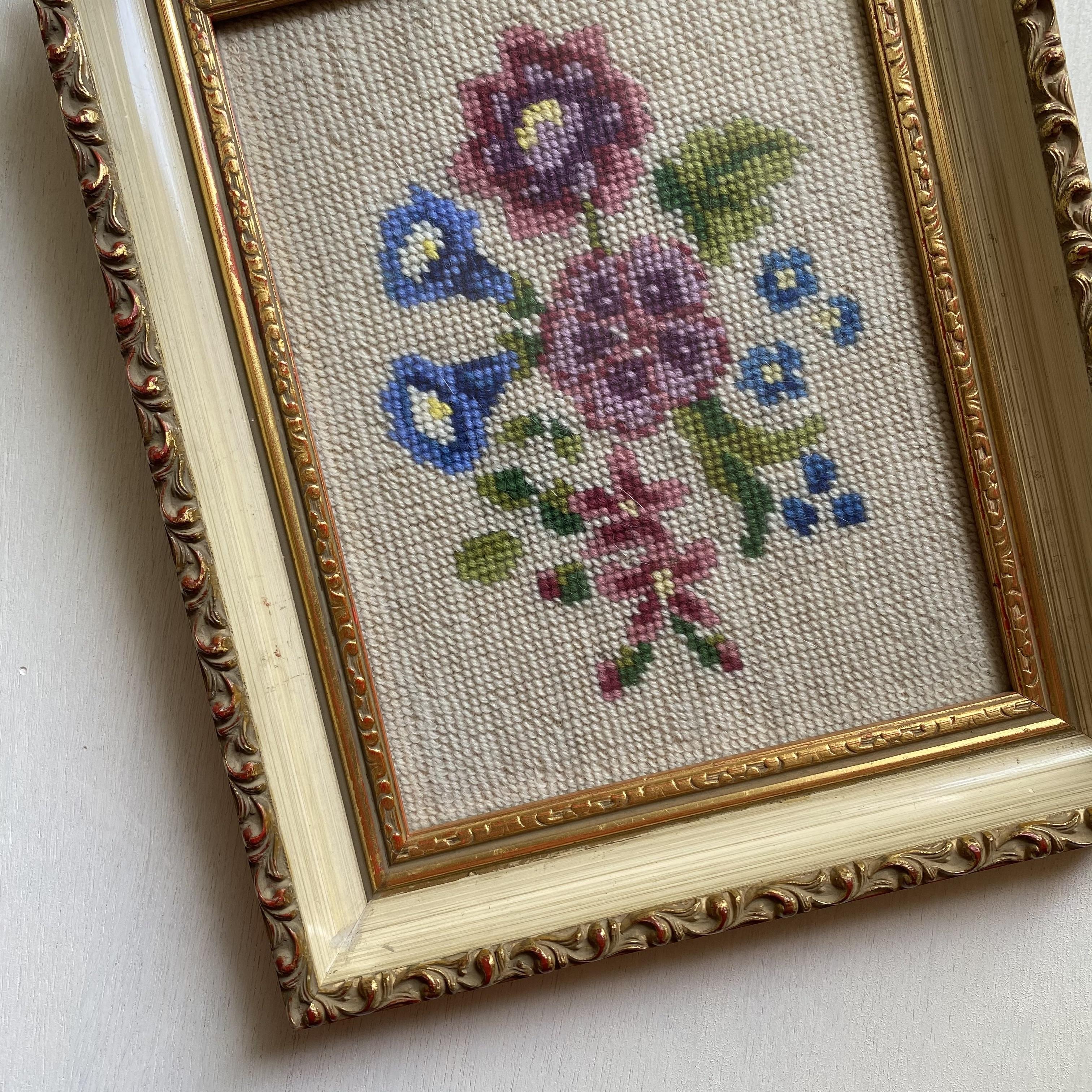 花の刺繍額