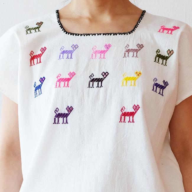 猫の刺繍ブラウス /259b/  MEXICO メキシコ