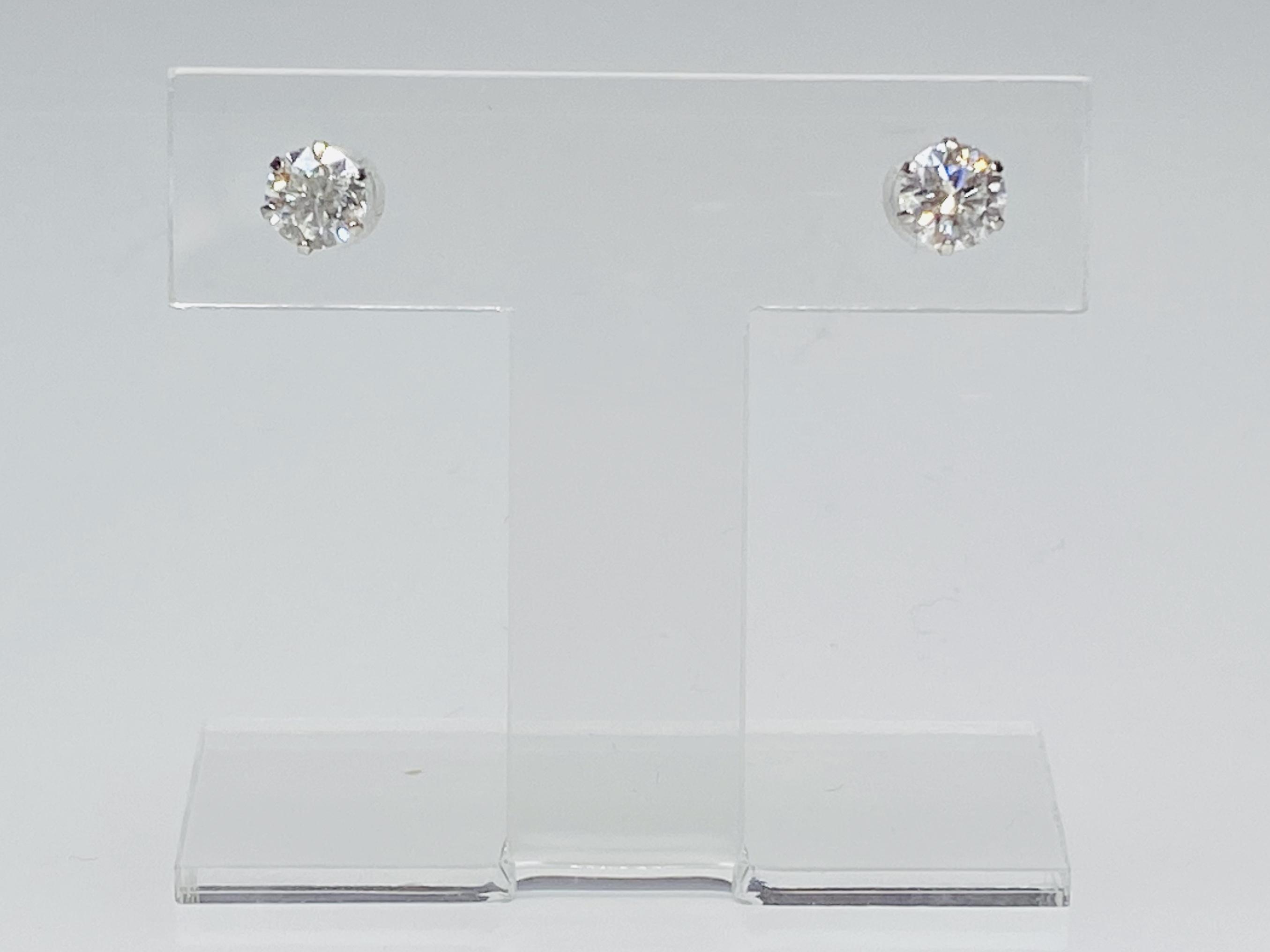 PT900 0.544ct 0.503ct G-SI2-Good ダイヤモンドピアス ○