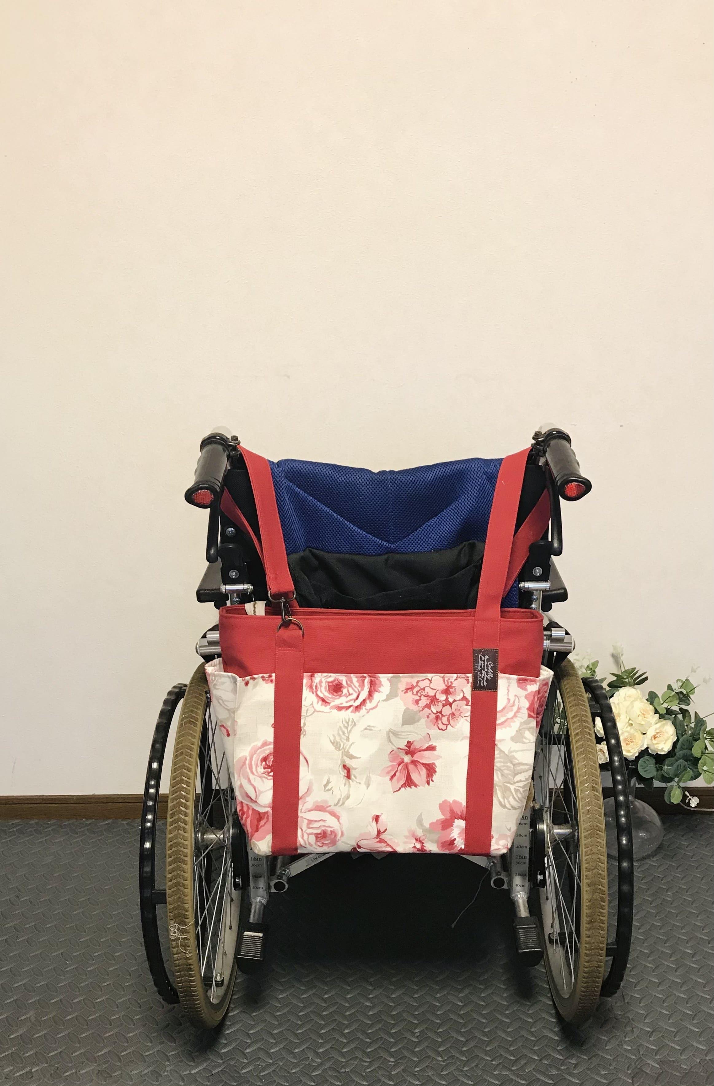 【車椅子対応】イギリス製ラズベリーフラワー×8号キャンバス 4つポケットトート