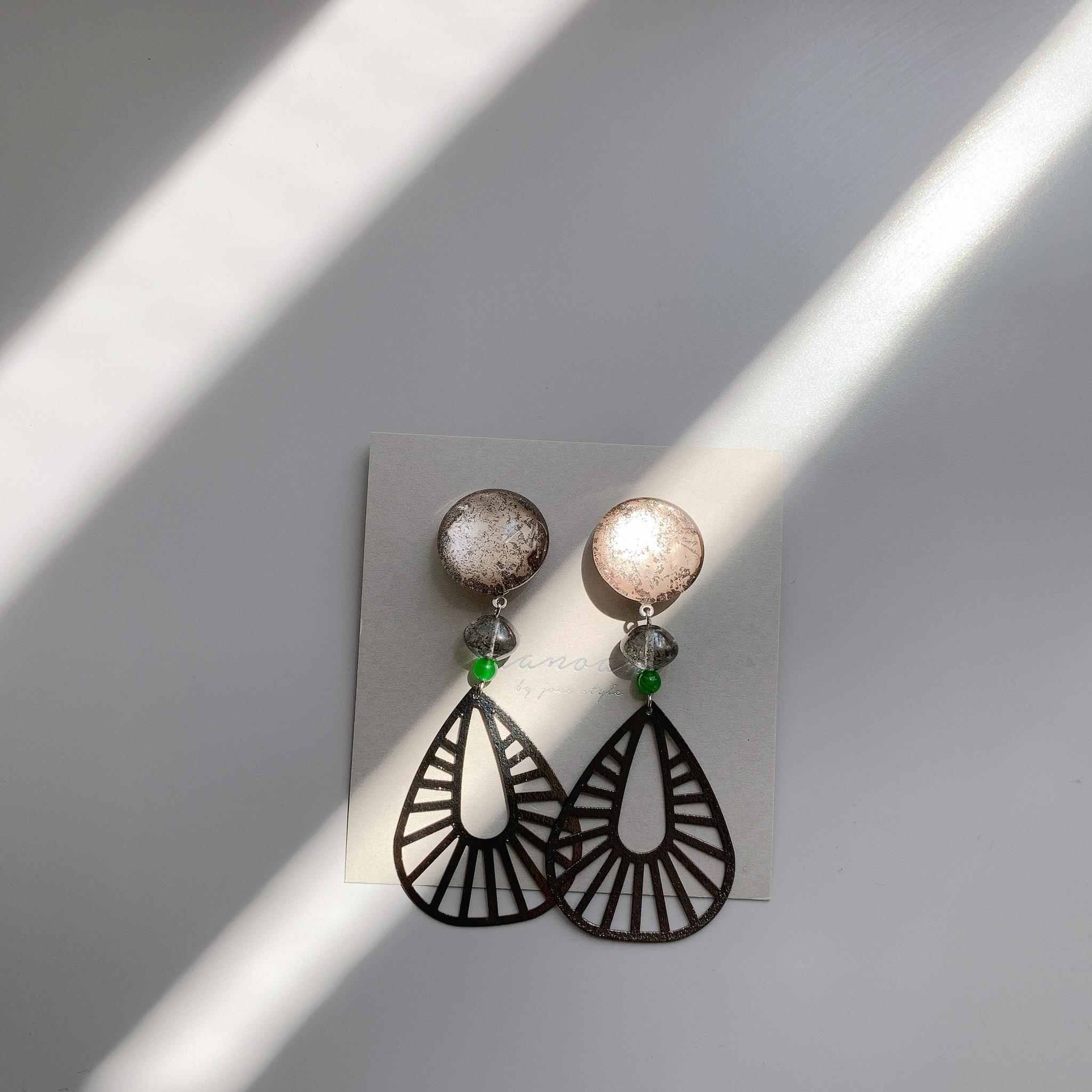 """"""" Earrings NO.danoan-80″ ブロンズペイントとカルセドニー"""