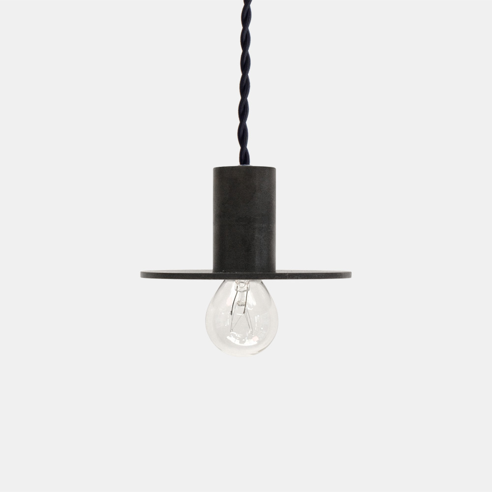 千 sen STILL Flat Pendant Lamp S Black(黒)
