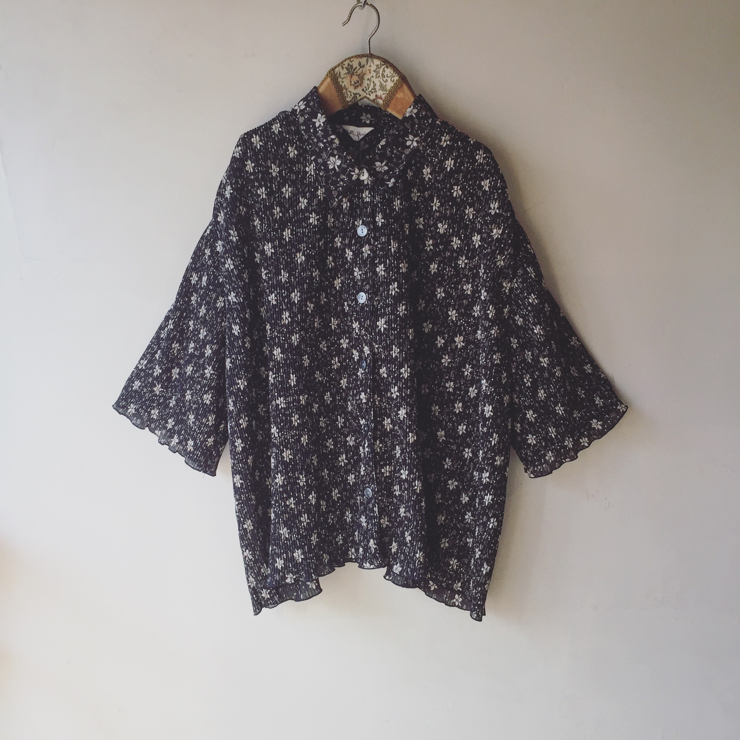 vintage flower gather tops