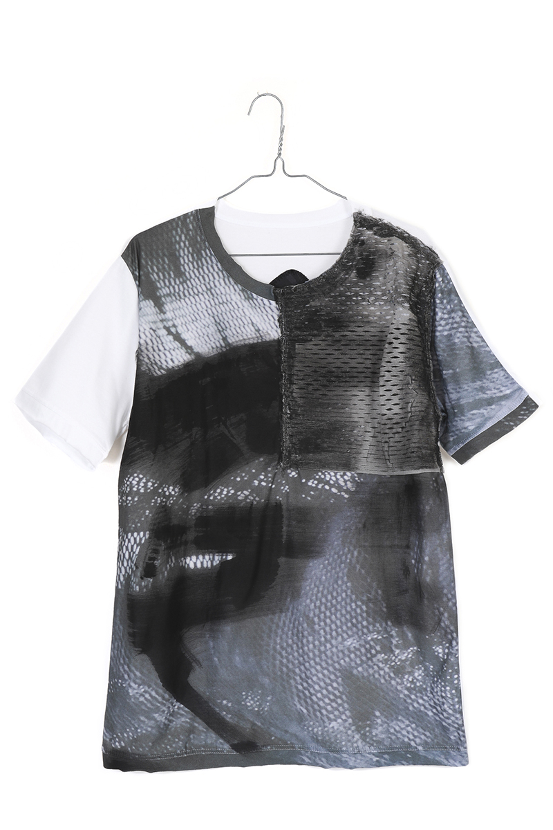 WEARABLE ART Tshirt [Article 02.]MICHAIL GKINIS AOYAMA