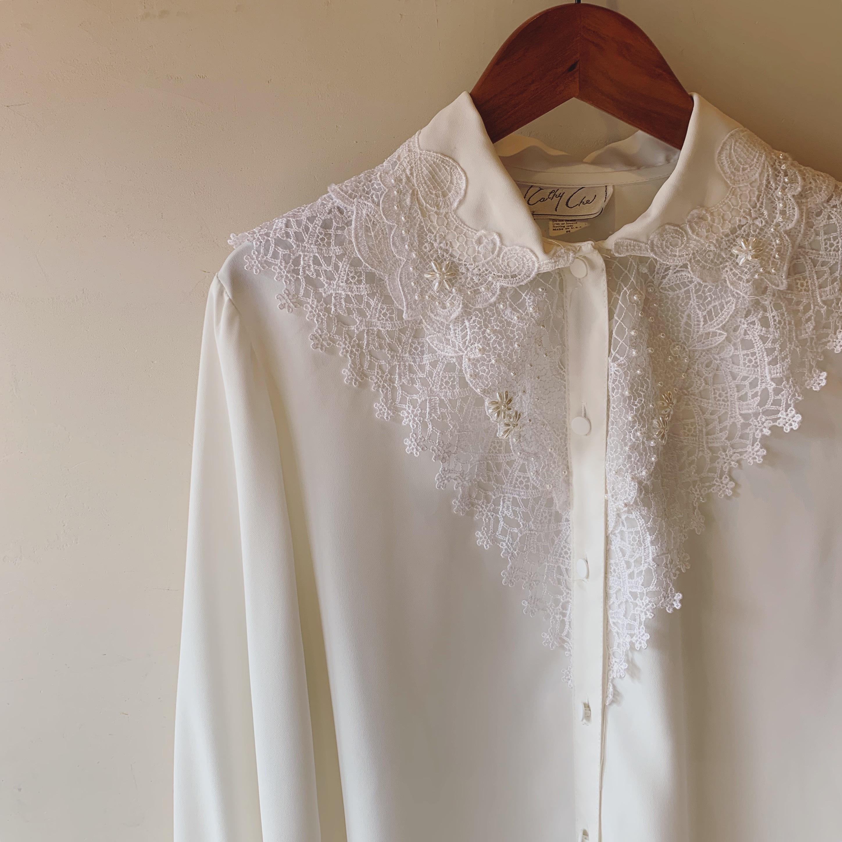vintage design lace blouse