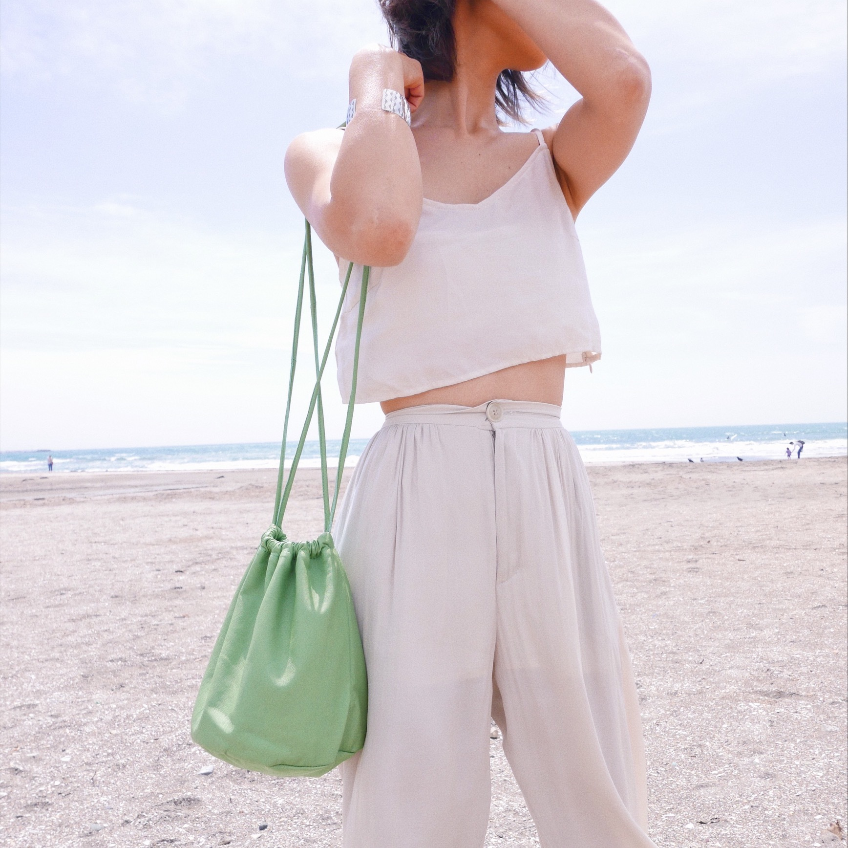 drawstring bag 〈green〉