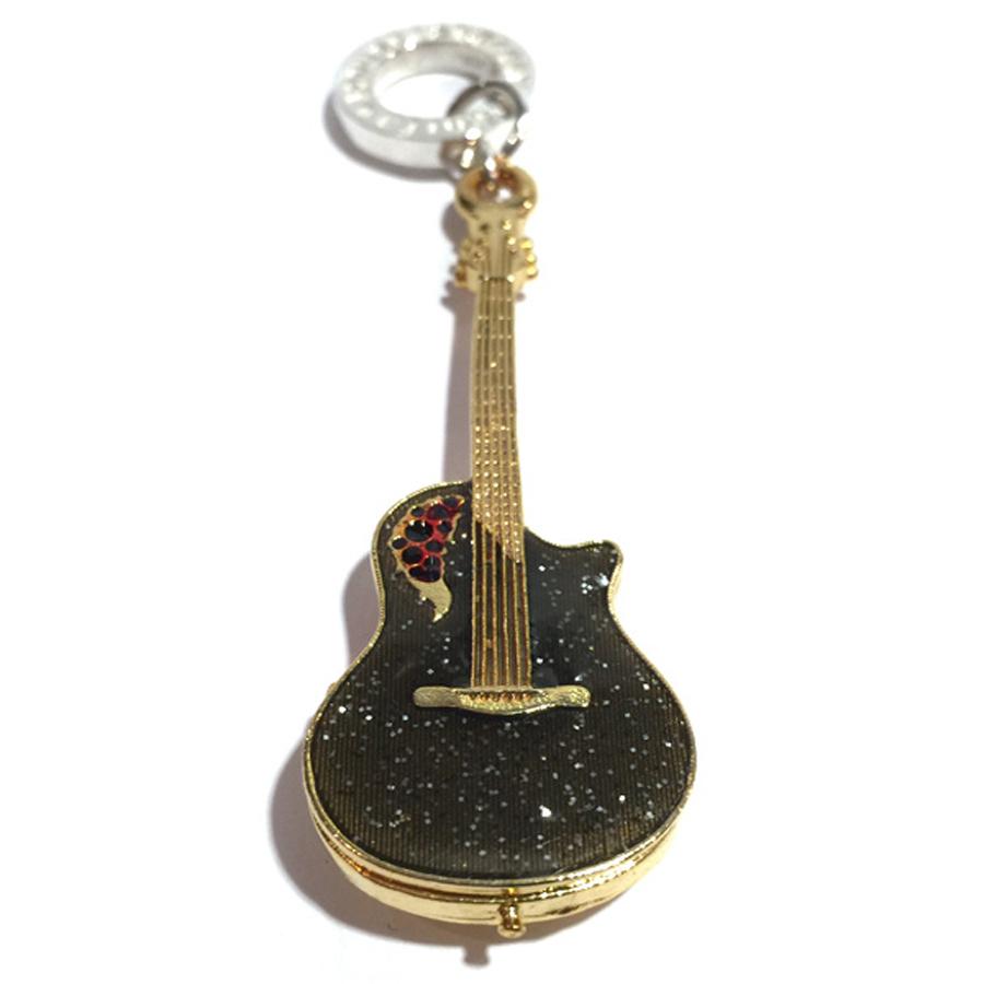 立体ギターペンダント(七宝焼セミアコースティック)