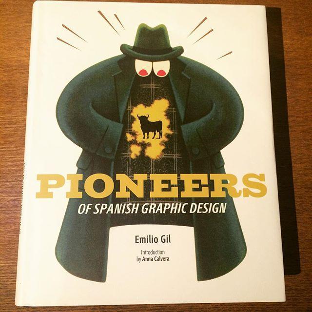 デザインの本「Pioneers of Spanish Graphic Design」 - 画像1