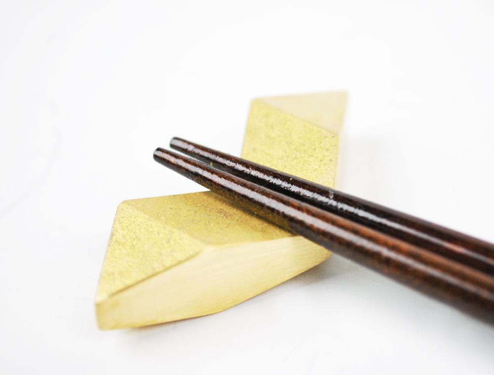 真鍮の箸置き  結晶