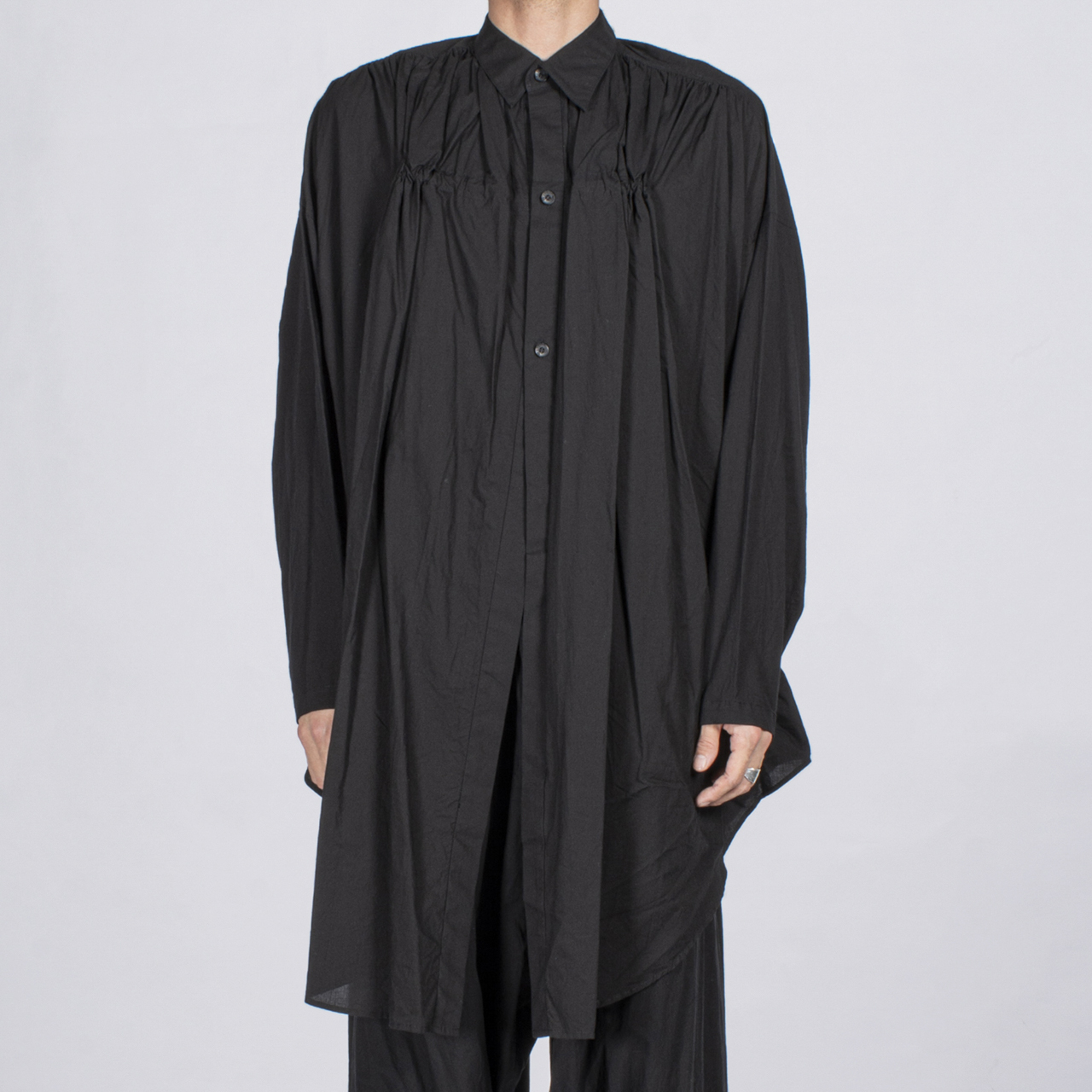 697SHM3-BLACK / フロントギャザーロングシャツ