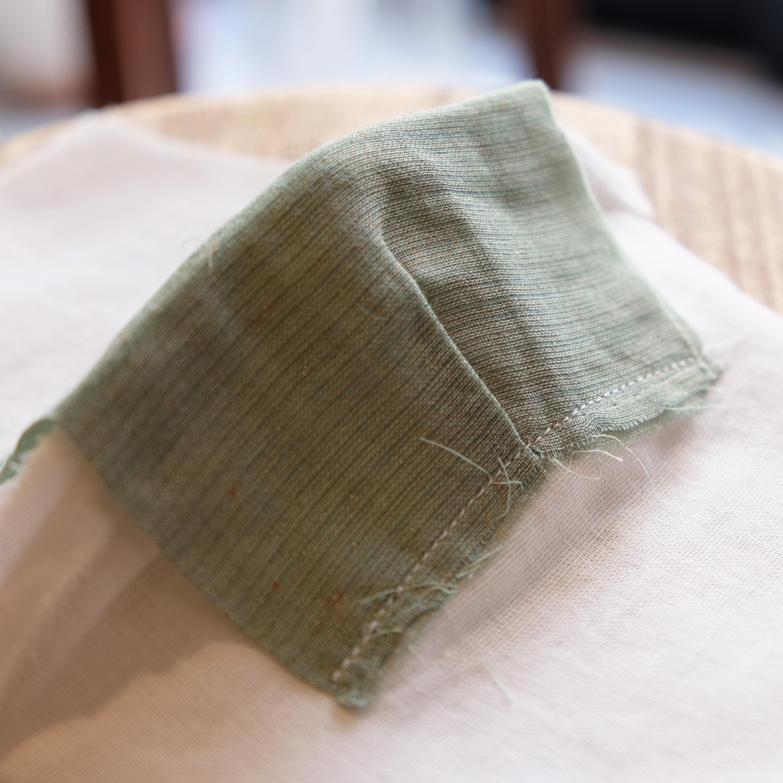 アフリカ布で作った銅繊維シート入りマスク/花火