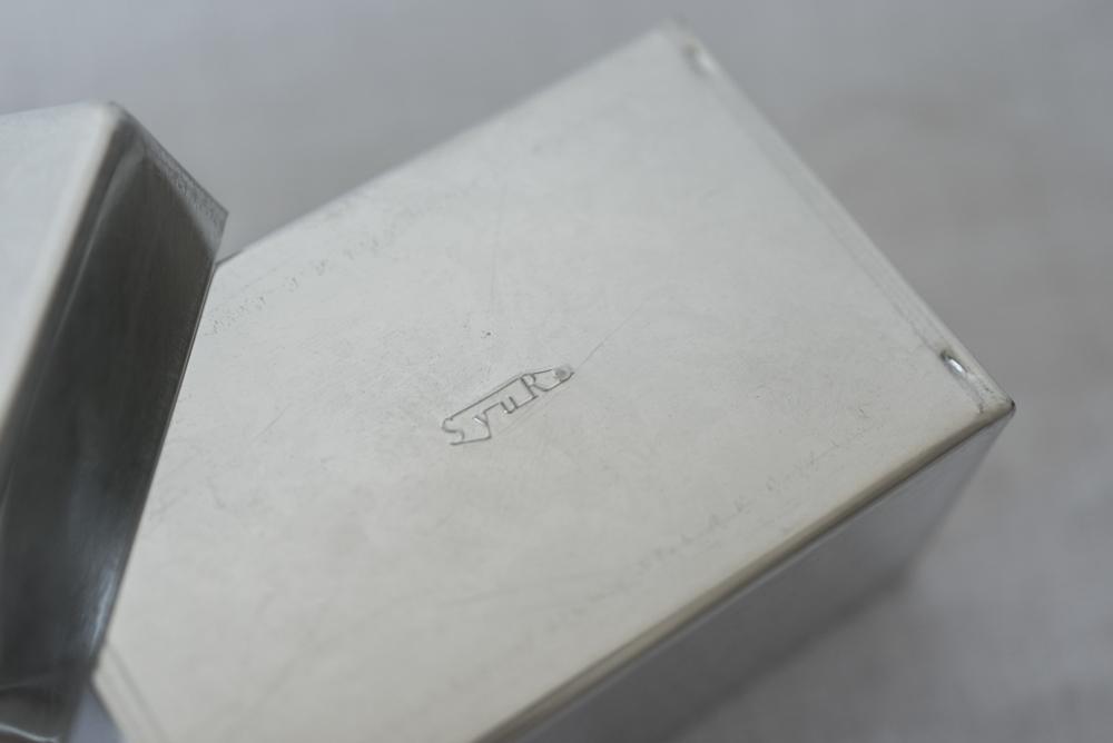 SyuRo(シュロ) 角缶 SS /ブリキ