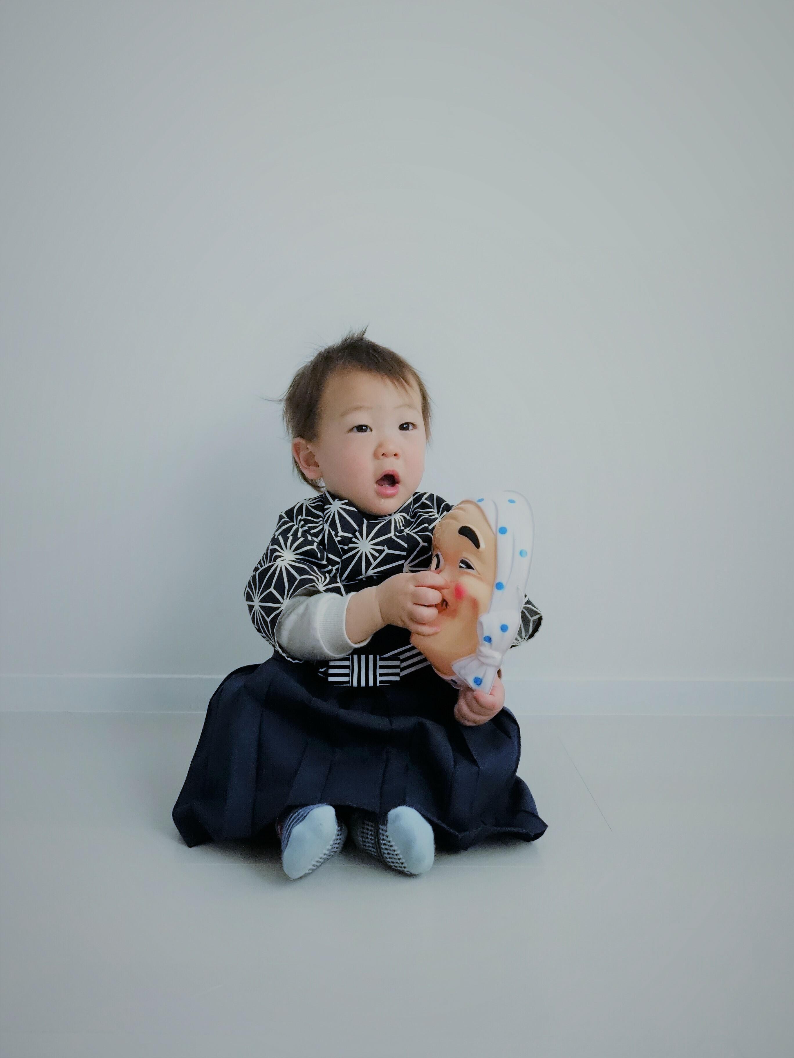ファースト着物と袴のセット (麻の葉・椿)