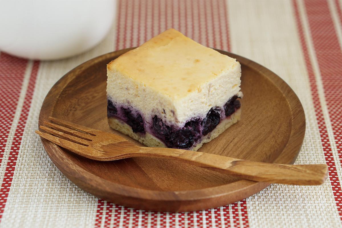 チーズケーキ(ブルーベリー)