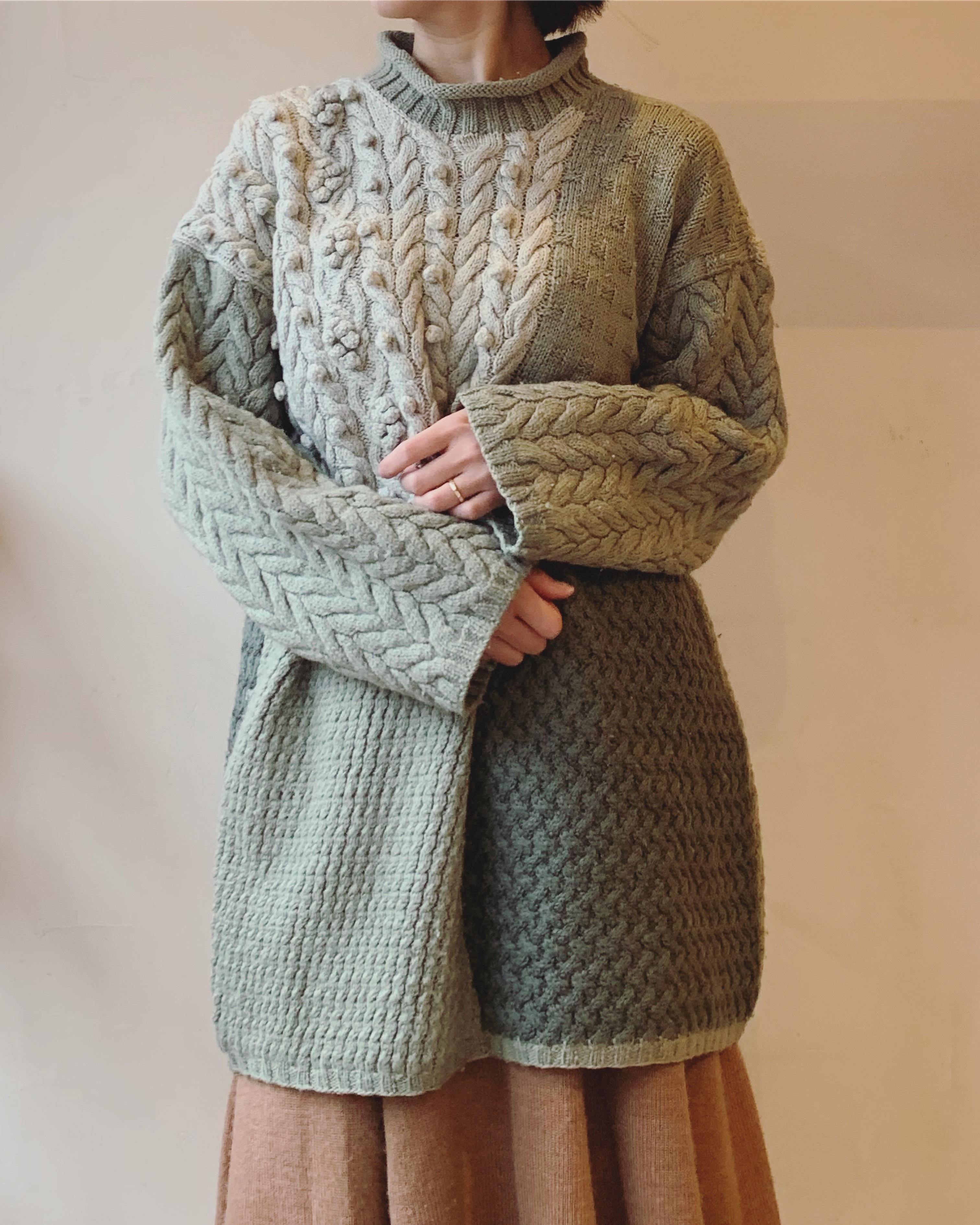 vintage design lightgreen knit sweater