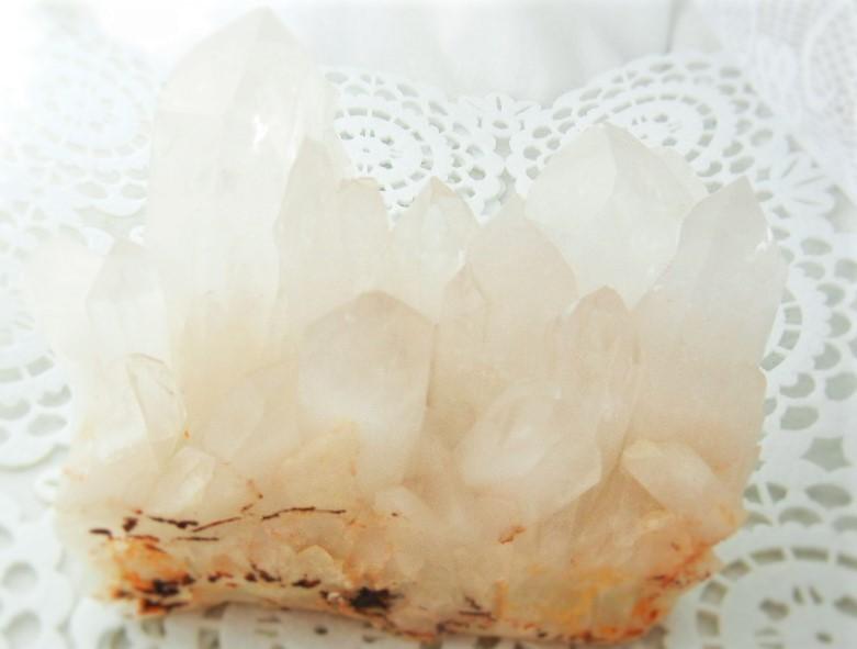 貴方の部屋を丸ごと浄化~水晶クラスター(ヒマラヤ・バジル鉱山産)~