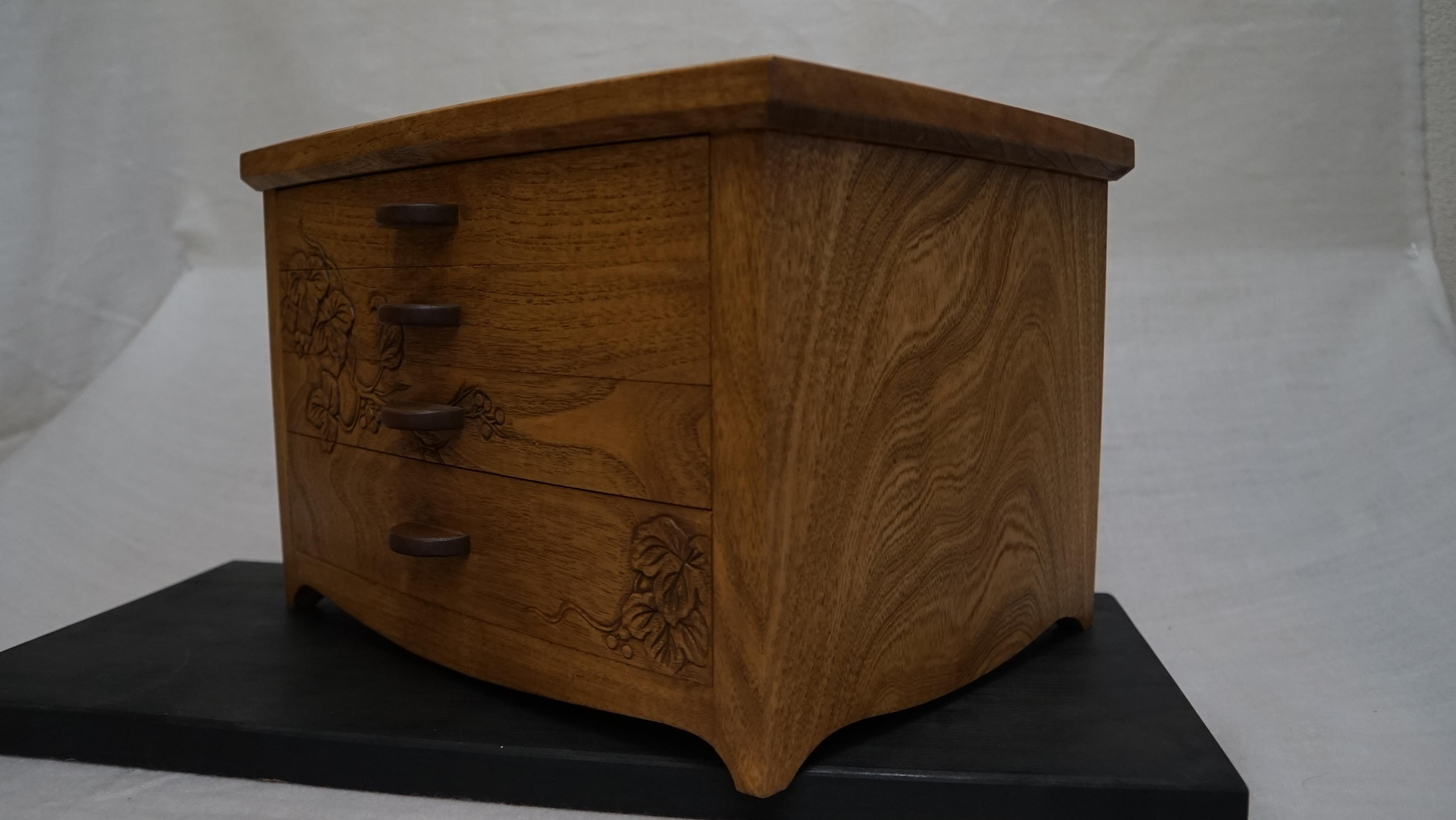 野葡萄(のぶどう)の宝石箱