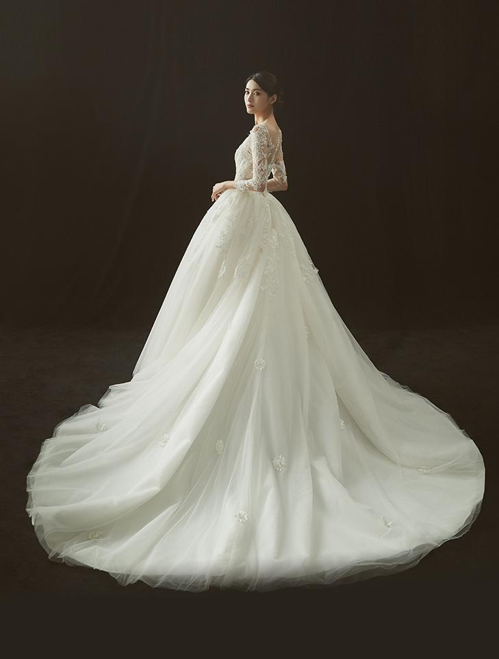 【DearWhite】ウェディングドレス Aライン プリンセス エンパイア デコルテ 結婚式 披露宴 二次会 パーティーウェディングドレス_サイズオーダー格安オーダーメイド DW0008