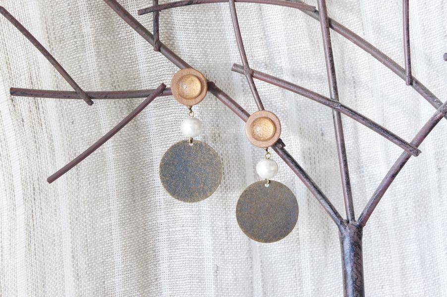 """木のいろ、寄せ木の耳飾り """" copper """" -コットンパール 10 ピアス"""