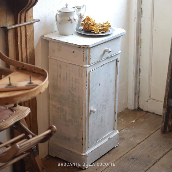 【ブロカント リメイク家具】サイドキャビネット 白×グリーン