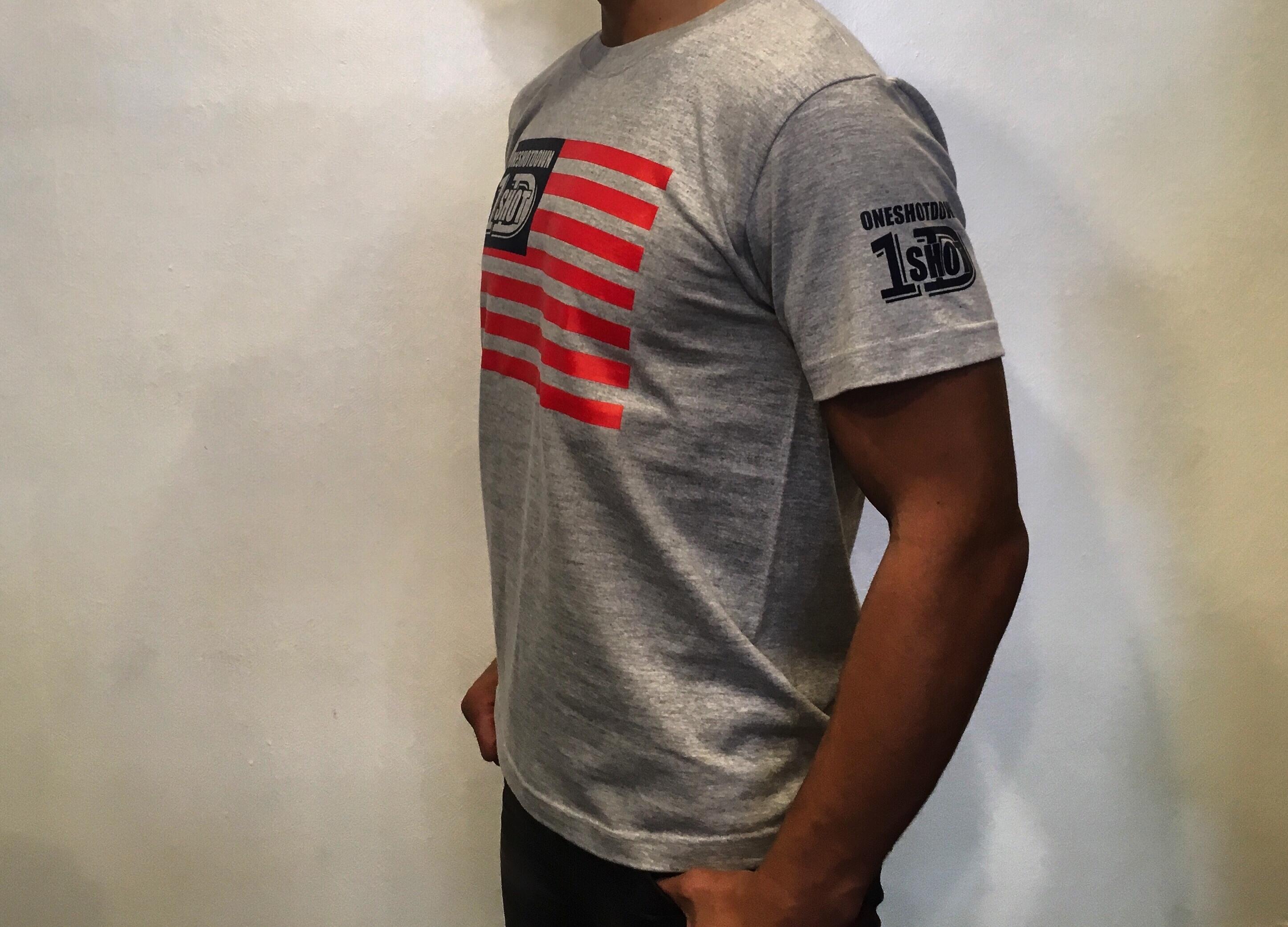 ONESHOTDOWN USA国旗デザインTシャツ - 画像4