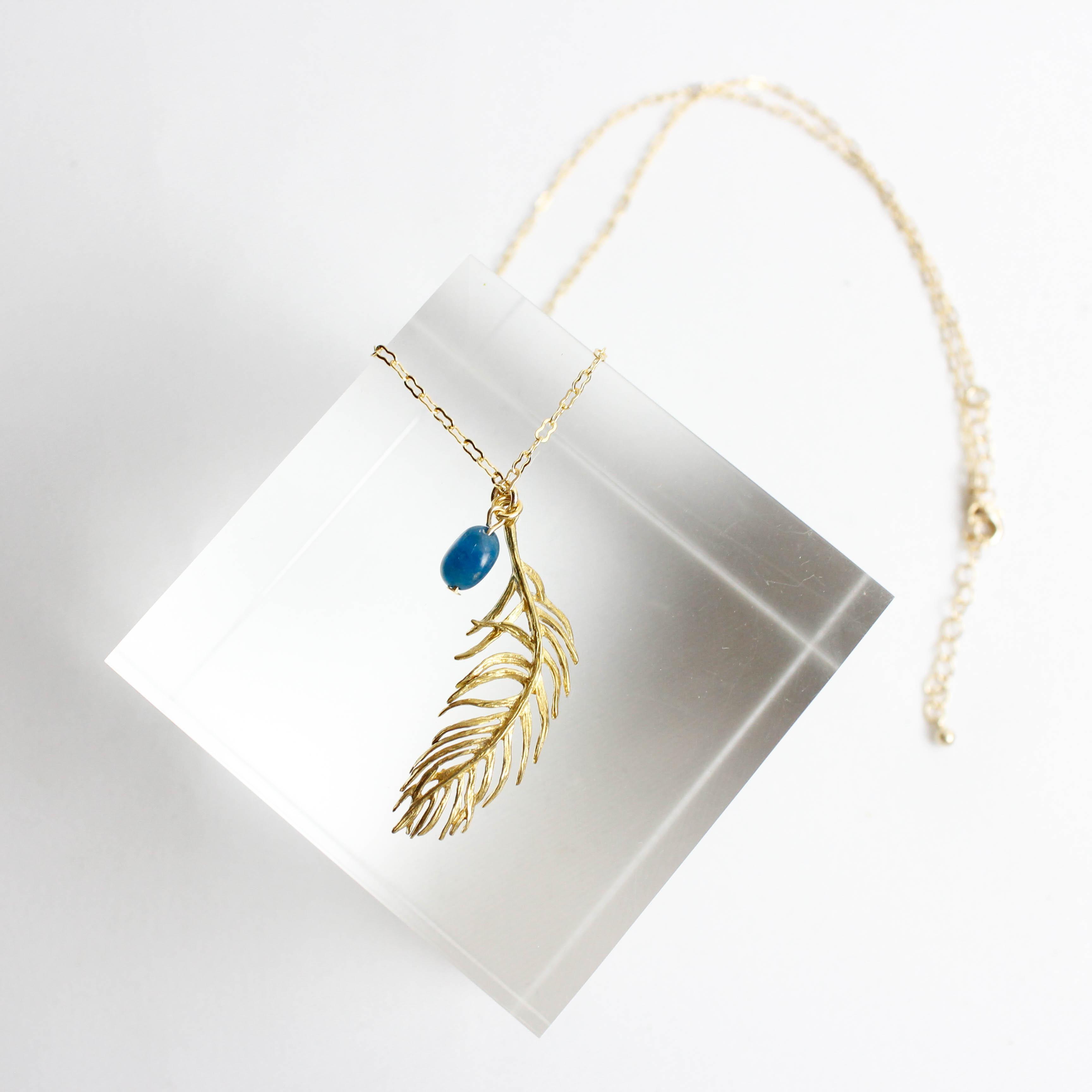 ブルーアパタイトと真鍮フェザー チェーンネックレス 【CN0038】