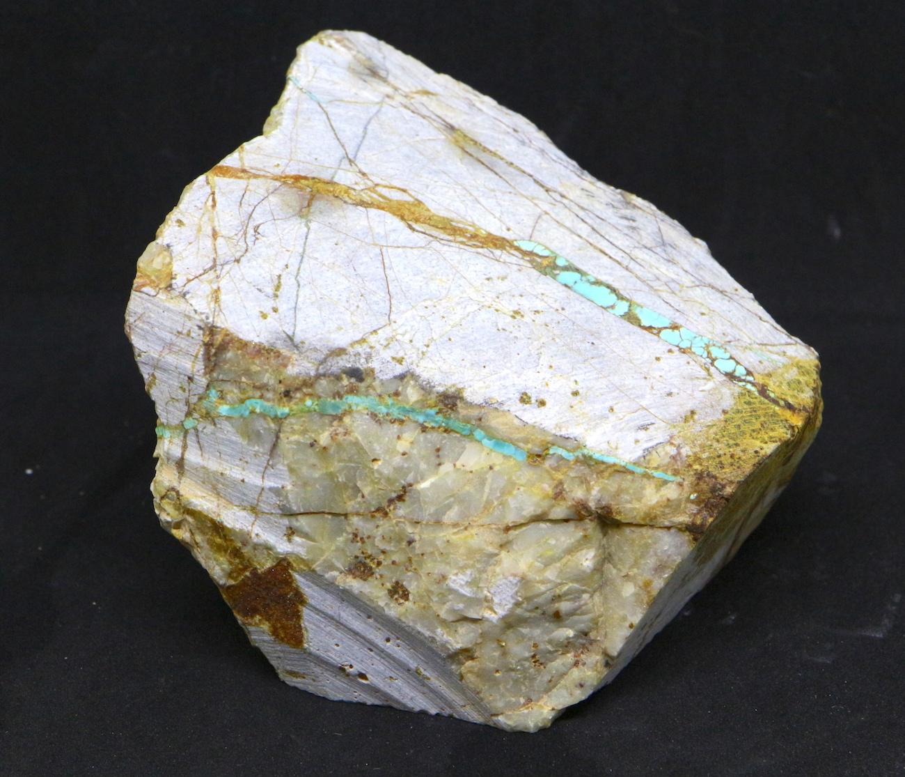 ロイストーンターコイズ Turquoise 原石 ネバタ州産 431,7g TQ122