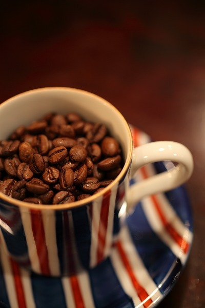 【メール便】イエメンが生んだモカよりもまろやかな味わい 炭火焙煎珈琲 モカマタリ#9 200g