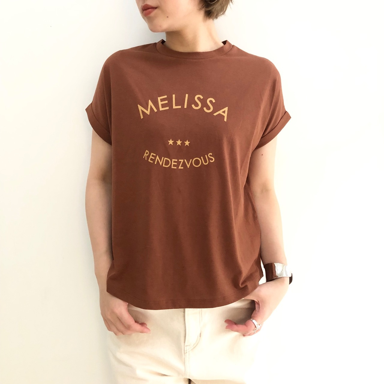【 ROSIEE 】- 152602 - プリントTeeシャツ