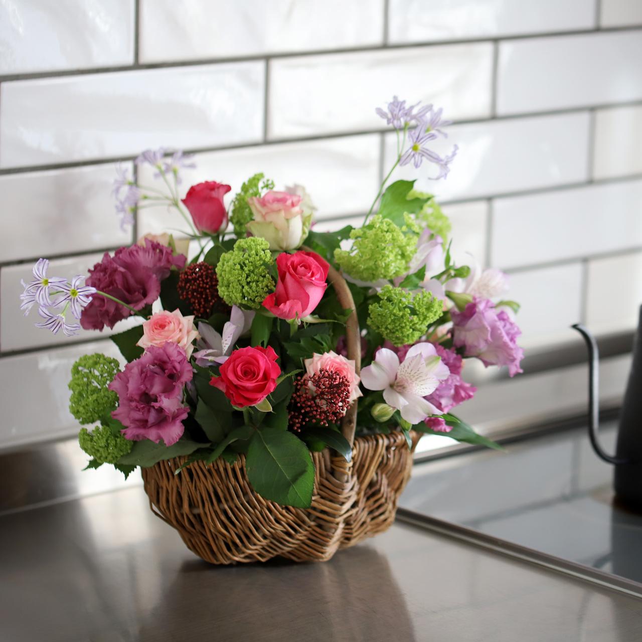 【テイクアウト・母の日】花の都・パリのフラワーバスケット