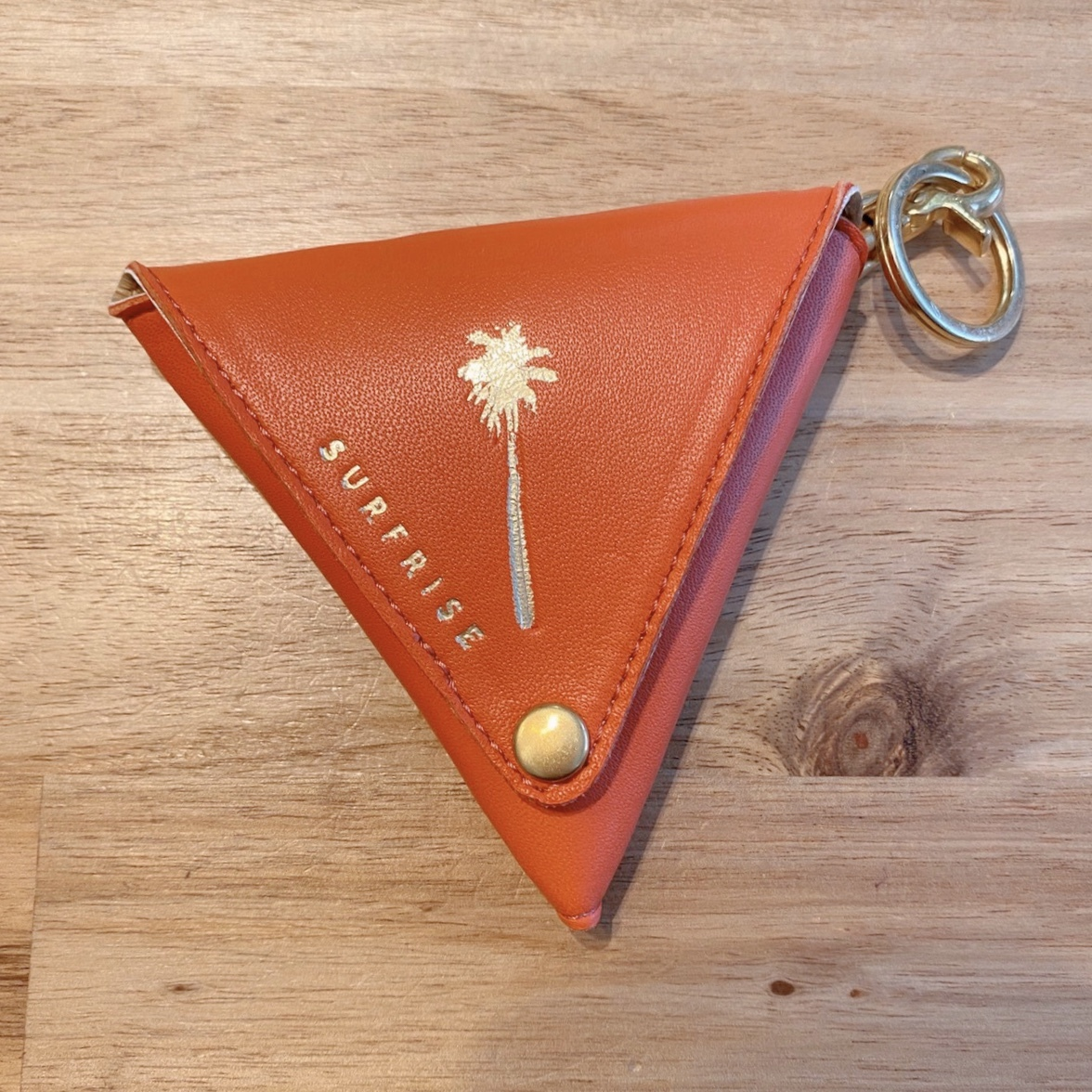 Triangle coin case - Chili