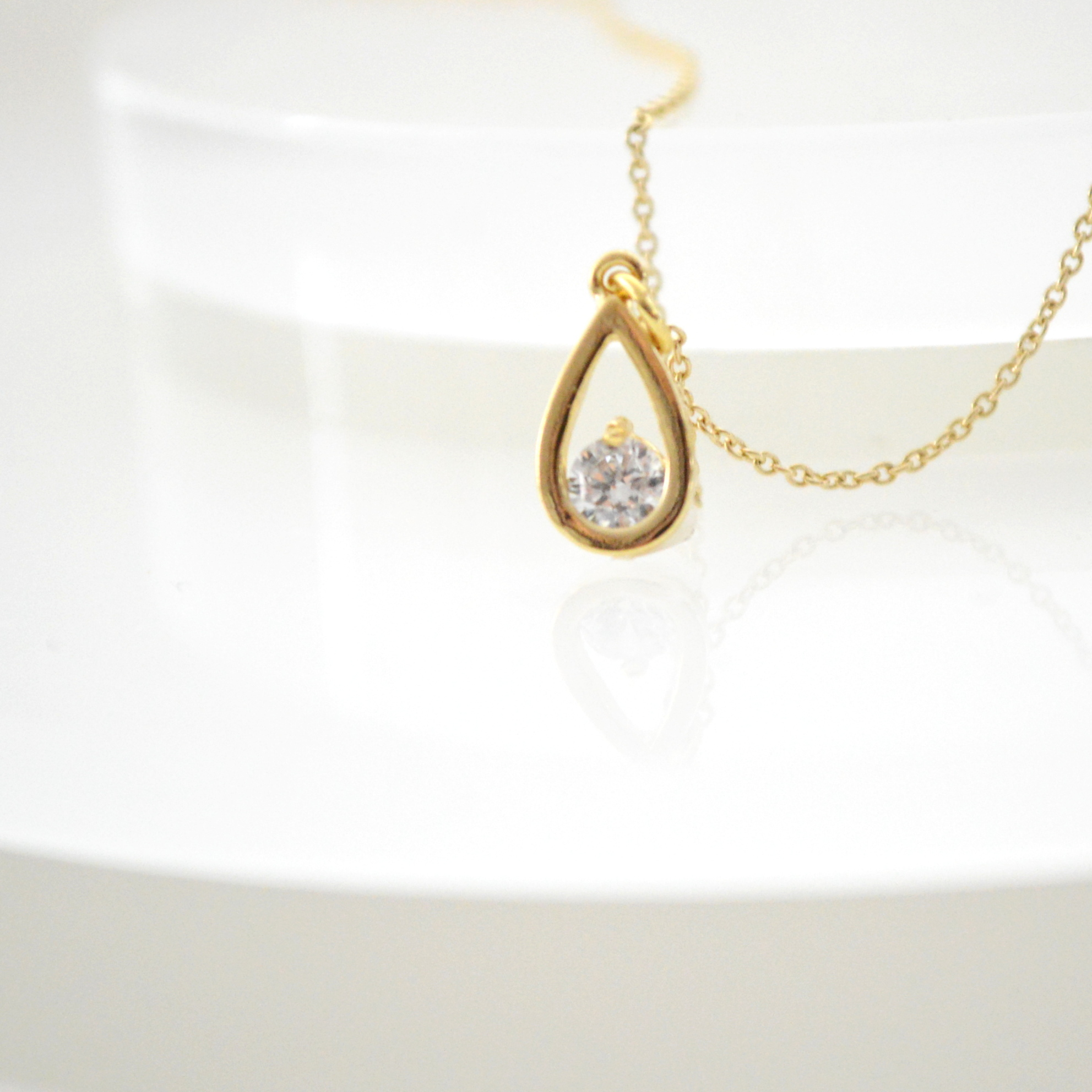 Drop Zirconia Necklace