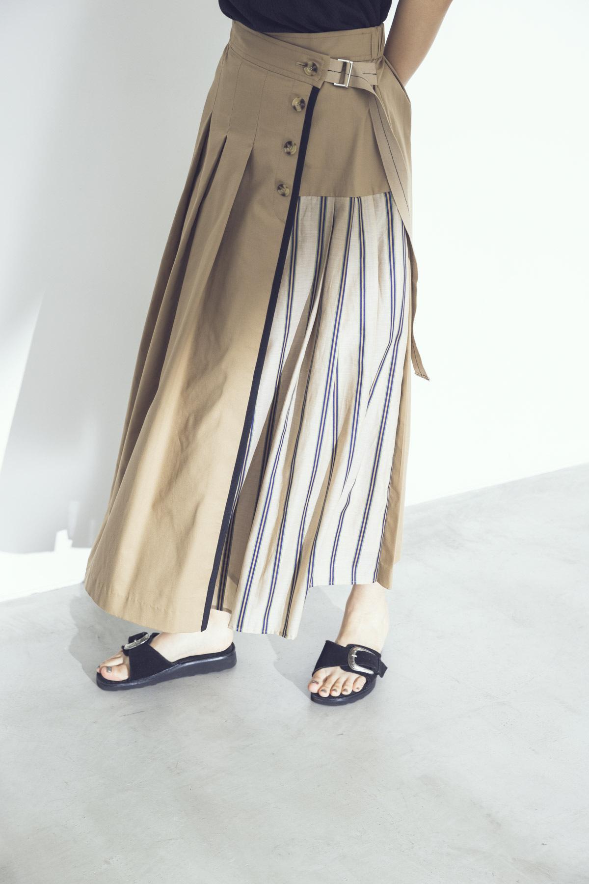 ストライプドッキングチノスカート <ベージュ>
