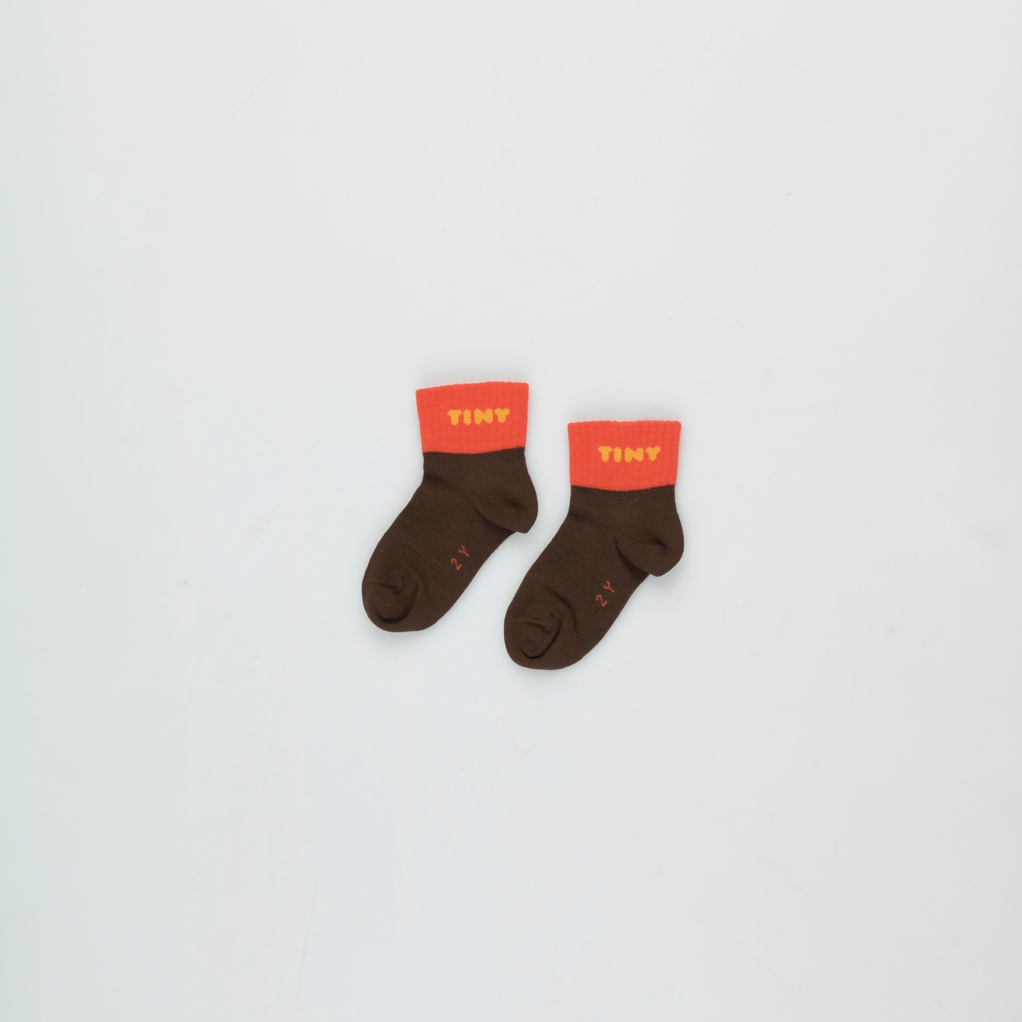 《TINYCOTTONS 2020AW》TINY QUARTER SOCKS / ultra brown × red / 6M
