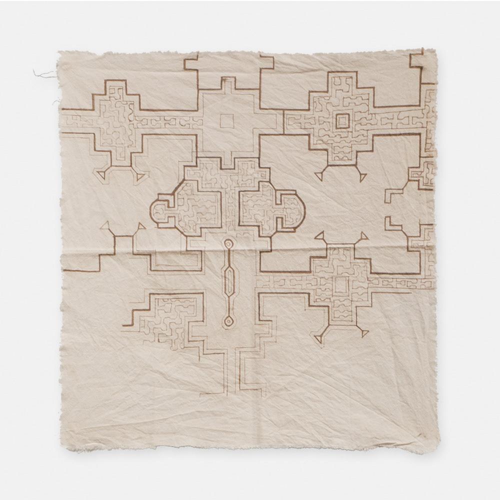 S005 SHIPIBO TEXTILES シピボ族の泥染めの布 白途中描き 400×420mm