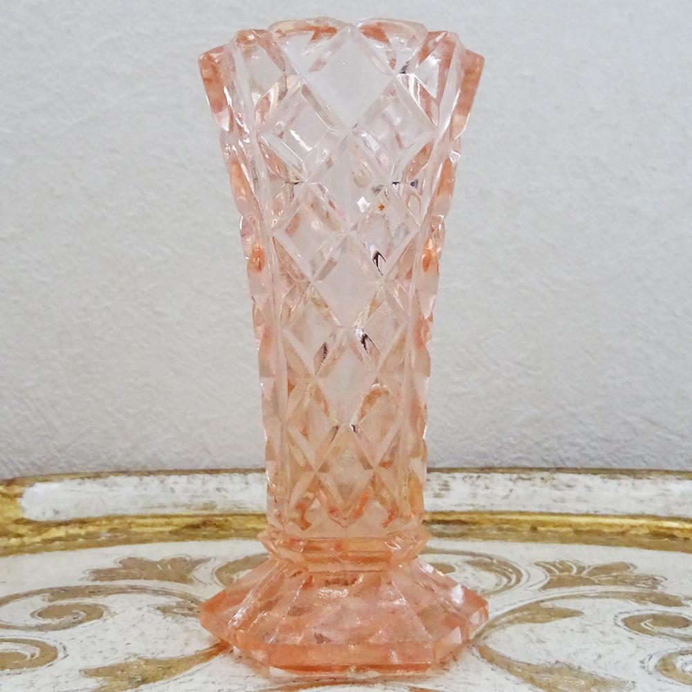 チェコスロバキア ボヘミアガラスの花瓶 / ピンク