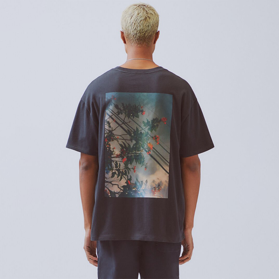 FOG ESSENTIALS / Essentials Boxy Photo Series T-Shirt / Black