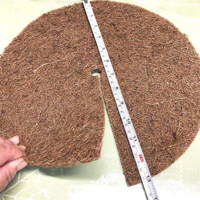 ヤシの繊維円盤マット 直径33㎝ 薔薇クリスマスローズのマルチング - 画像2