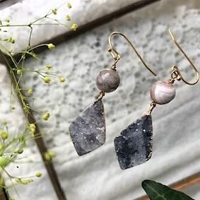 天然石druzy ロズンジ グレー&ボツワナ天然石 ピアス⇨イヤリング変更可