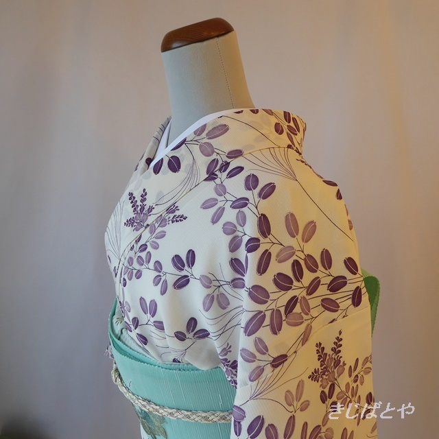 正絹絽 白地に紫の萩の小紋
