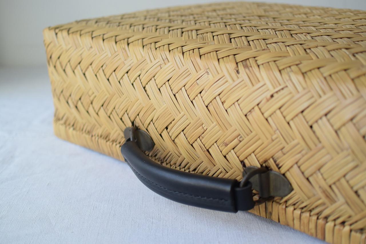 竹行李のバッグ