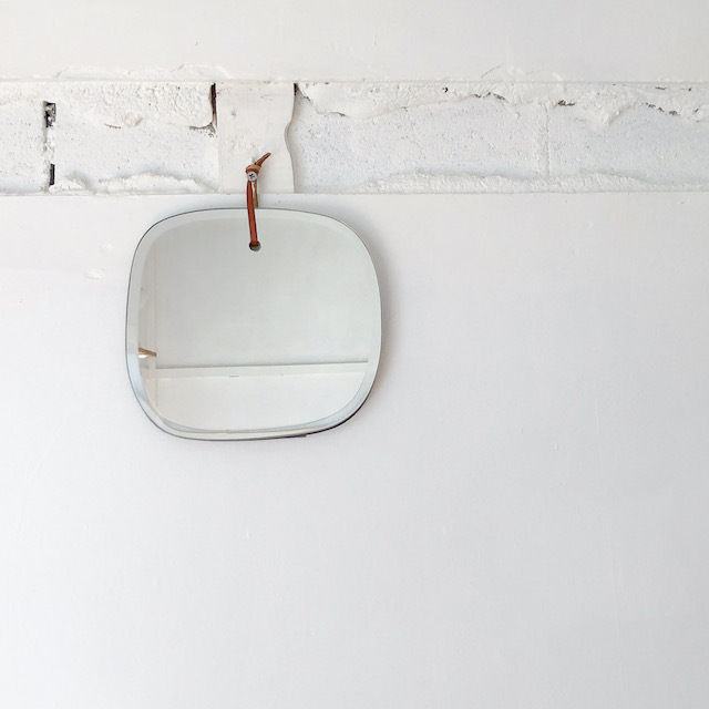 WALL HANGING MIRROR CLOUD ROUNDED 鏡 ミラー